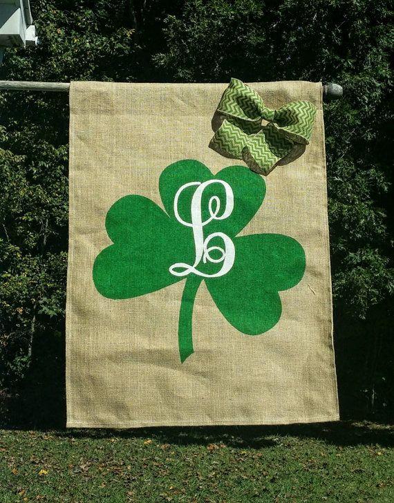 1825 best Garden flags images on Pinterest Burlap garden flags