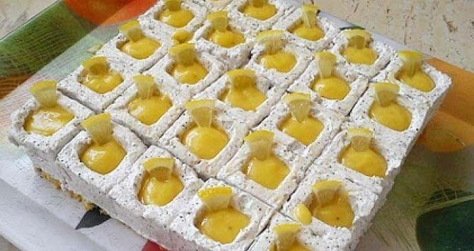 Fantastický koláč s mletým mákem a chutí nastrouhané citronové kůry.