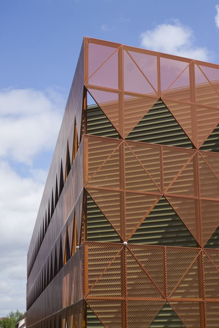 Pattern - Detail of the Eiffage Construction Campus Complex in Villeneuve d'Asq