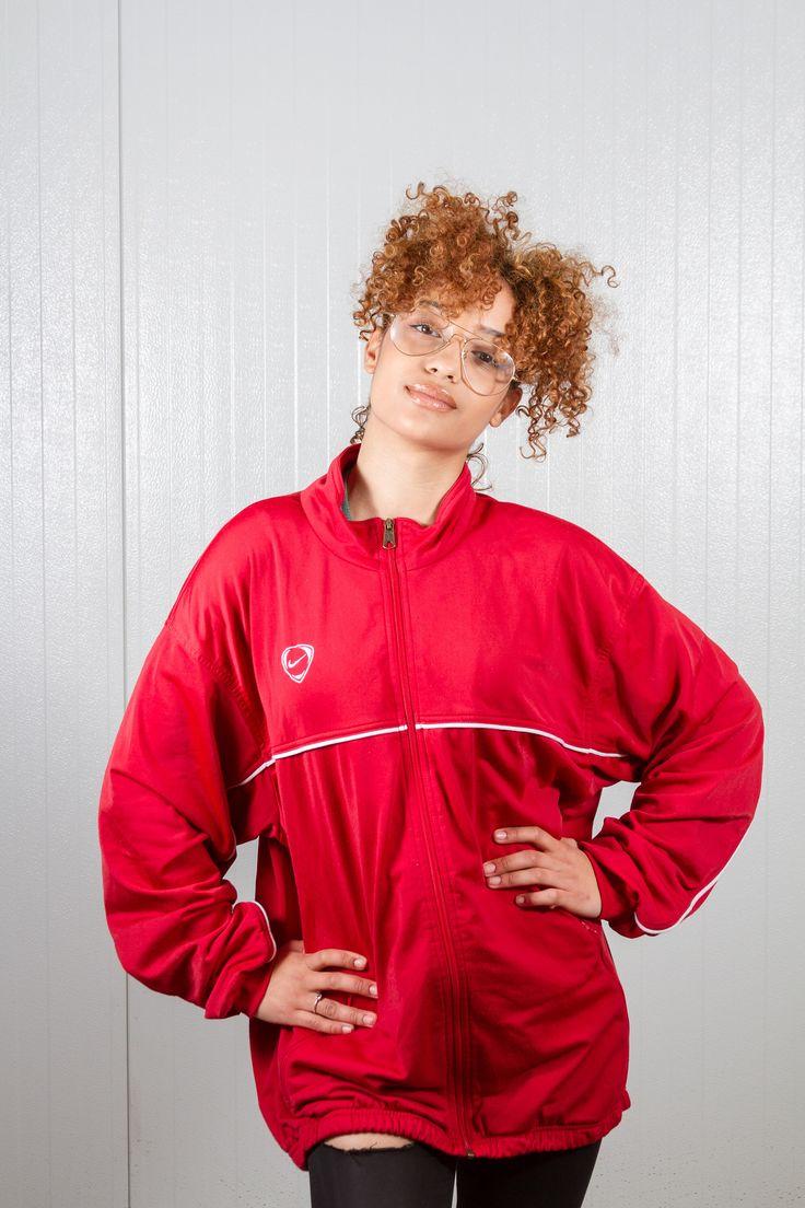 90s vintage red Nike sport jacket. Shop it here: https://www.etsy.com/nl/listing/528204433/red-nike-sport-jas-vintage-nike-jas-90s