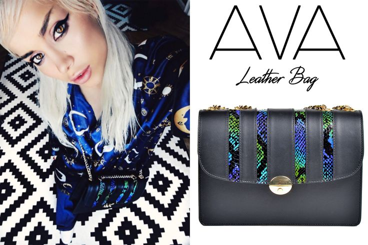 The snake Ava bag made of natural leather is an exquisite accessory that blends well with prints @comenziwildinga