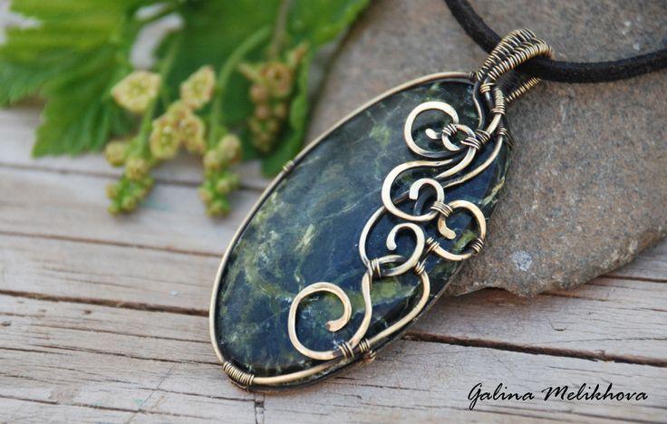 Wire jewelry Handmade jewelry pendant serpentine gift от melikhova