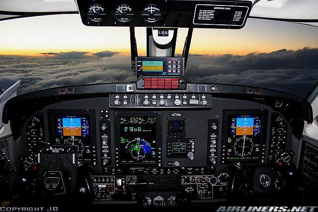 Raytheon B200 King Air