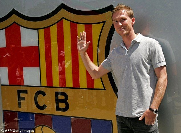 Alexander Hleb signed for Barcelona from Arsenal in 2008 but never fitted in on or off the...
