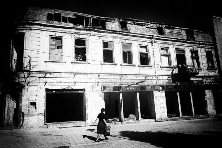 #Brasov #photography  #BW #blackandwhite #bnw #monochrome #instablackandwhite #monoart #insta_bw #bnw_society #bw_lover #street #streetphotography #Poznań #Poznan #Fotgraf