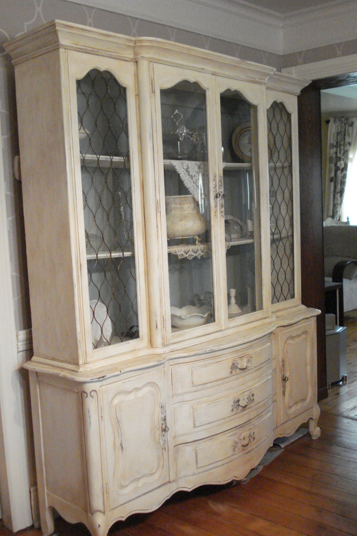 17 best ideas about shabby chic buffet on pinterest. Black Bedroom Furniture Sets. Home Design Ideas