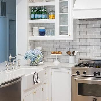 1000 ideas about small kitchens with peninsulas on pinterest kitchens with peninsulas l. Black Bedroom Furniture Sets. Home Design Ideas