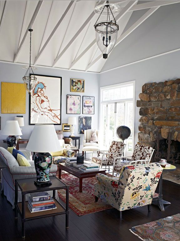 Steven Sclaroff was responsible for the restoration and interior design of this former studio and school building in William Merritt Chases Southampton Art Colony, founded in 1892...which now happens to be the home of Kate and Andy Spade (yes, THAT Kate Spade).