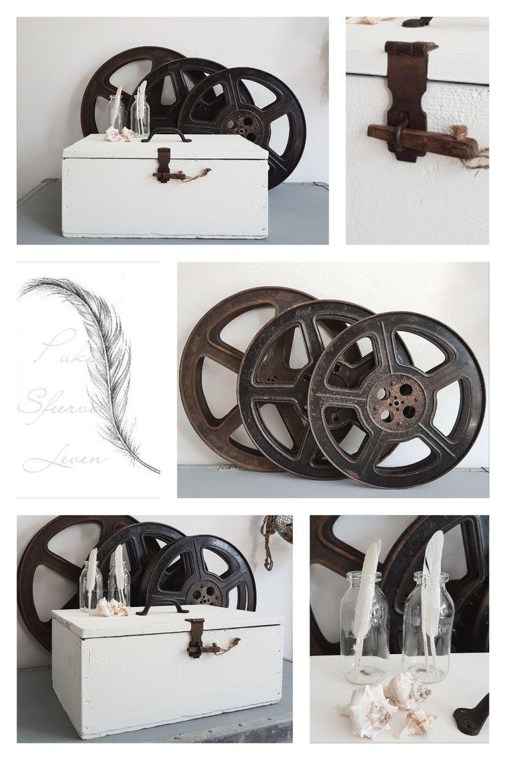 Oude filmspoelen, kistje, wit, sfeervol interieur🌝