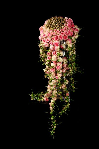 Tor Gundersen - modern floral bouquet