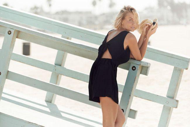 Lara Bingle on what she always does when on a photo shoot - Vogue Australia