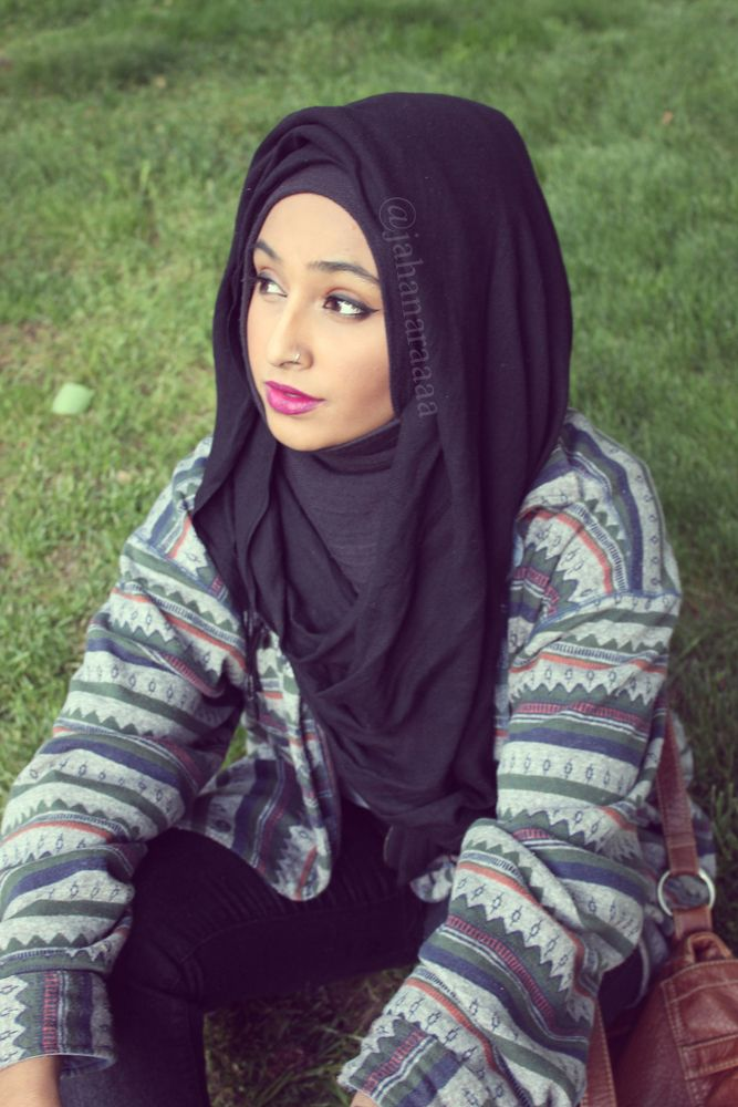 Black #hijab and aztec-y print sweater.