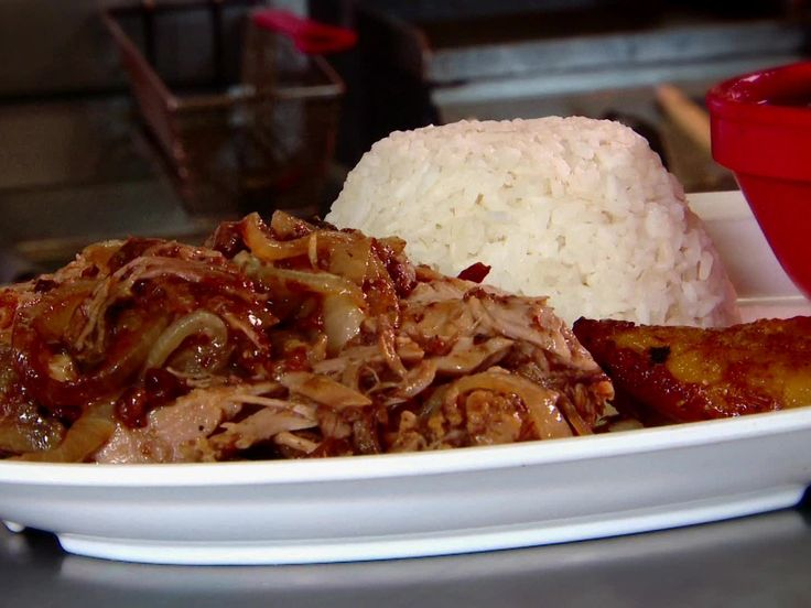 90 Miles Cuban Cafe : Named for the distance between Key West and Havana, this Cuban restaurant features family recipes from owner Alberto Gonzalez, including slow-roasted pork with bacon and guava, and chicken braised in Creole sauce.