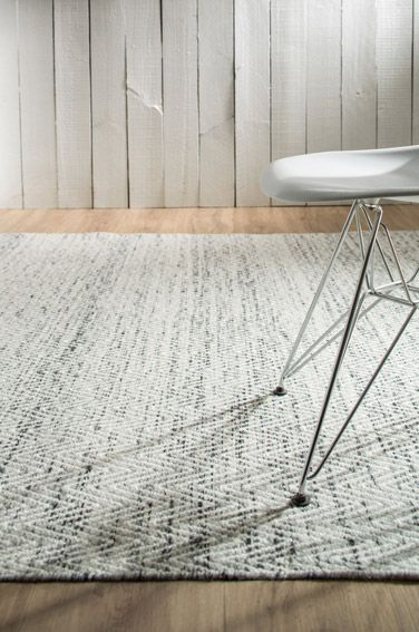 Brazil - Bold and expressive, Chevron attests to the decorative value of rugs with its stylish pattern and young, modern color scheme and the perfect floor fashion.