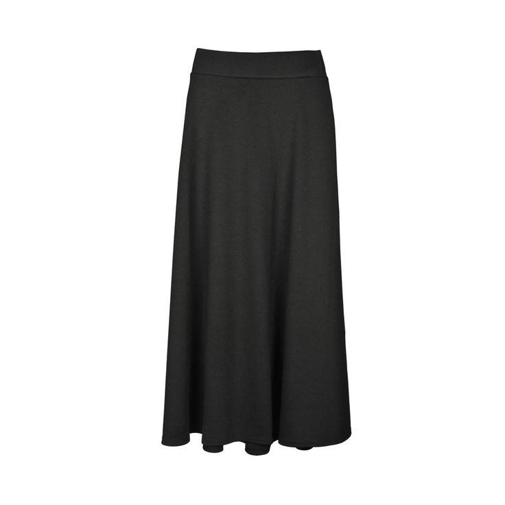 Pollera de mujer, negra a la cintura larga.