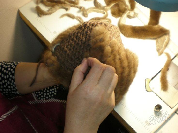 Как связать шапку из меха. Шапки из меха своими руками. В статье рассказывается о том, как можно связать модную шапку из меха разными способами.