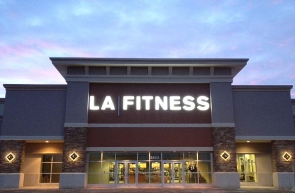 LA Fitness Pops Up in Allen Park, Lori's Weight Goes Down