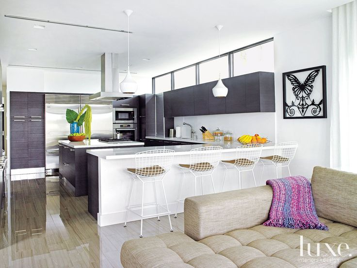 A Waterfront Miami Beach Residence With Black And White Palette