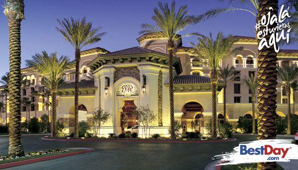 Green Valley Ranch Resort and Spa, un elegante resort estilo mediterráneo, con increíbles piscinas vista infinito y una variada selección de cocina de clase mundial servida en los diferentes restaurantes. Este espacioso hotel también cuenta con un spa de ambiente tranquilo y un casino con más de 55 mesas para jugar.  #OjalaEstuvierasAqui