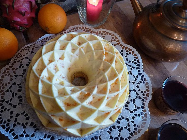 Mandarinen - Schmand - Pudding - Kuchen, ein raffiniertes Rezept aus der Kategorie Kuchen. Bewertungen: 245. Durchschnitt: Ø 4,6.