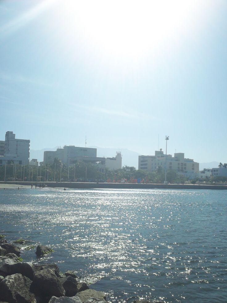 Bahía de Santa Marta a medio día.