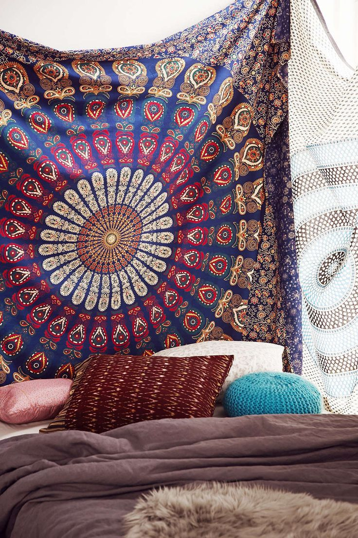 Magical Thinking Blue Floral Medallion Tapestry - Urban Outfitters