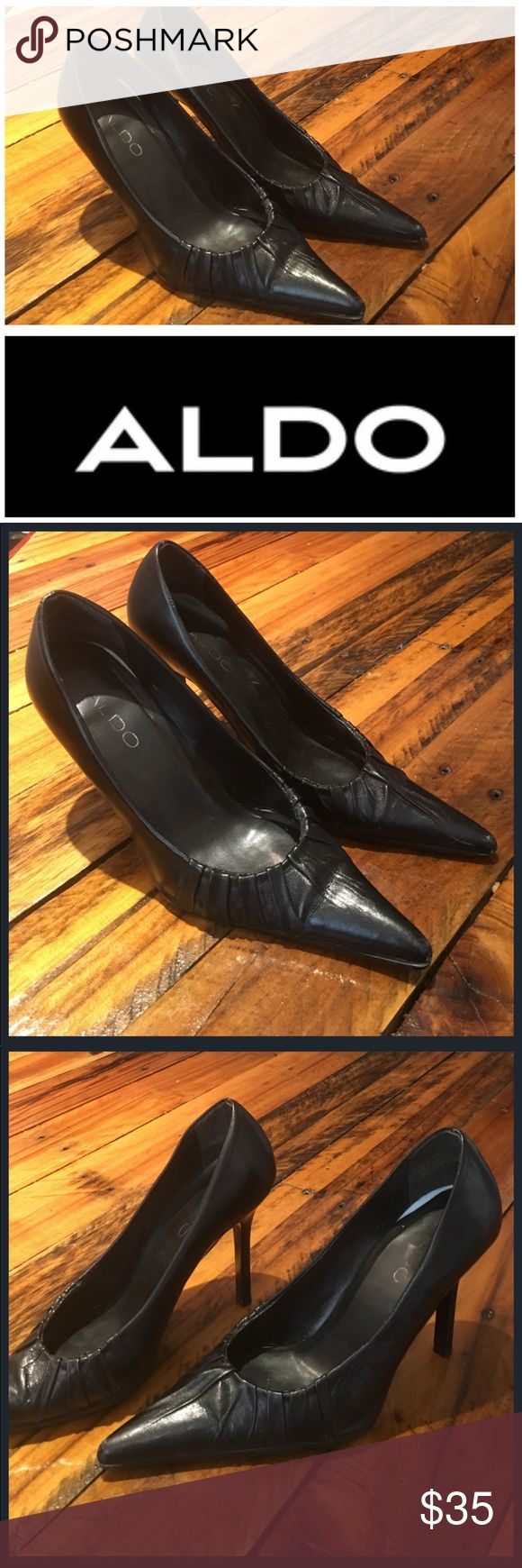 Giant Designer Shoe Sale Excellent Condition Black ALDO Chic and Stylish for the Fashion Footwear Diva If you have any questions please don't hesitate to ask Aldo Shoes Heels