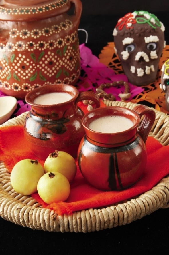 Atole de guayaba....MUST try this :)