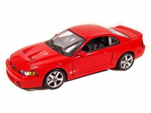 Miniatura De Carro Ford Svt Cobra 2003 1:18 Maisto - sapekinhatoys