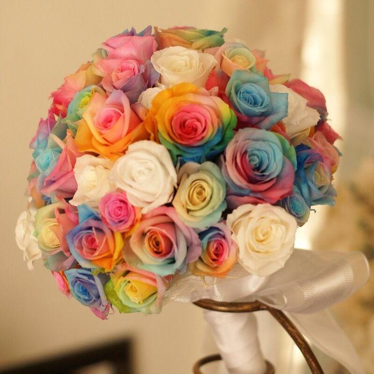 花言葉は奇跡♡虹色のバラ〔レインボーローズ〕は、なんとお家で自作できちゃうらしい! | marry[マリー]