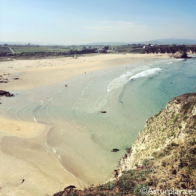 Penarronda beach in Castropol is one beautiful surprise in Asturias. Fine sand, perfect for surf, amazing water.  A must see if you come to Northern Spain!