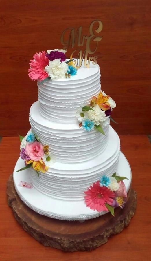 Whipped cream wedding cake  by Michelle's Sweet Temptation - http://cakesdecor.com/cakes/255971-whipped-cream-wedding-cake