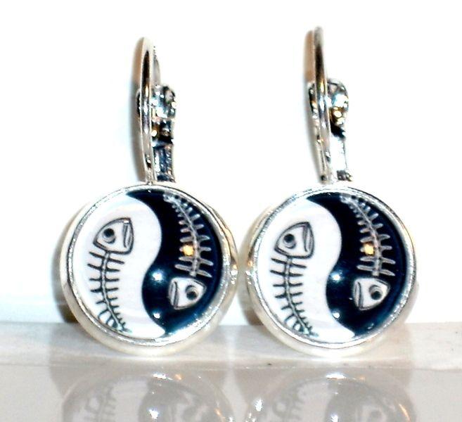 Ohrringe- Ohrringe Yin und Yang Ohrschmuck Schmuck Glas - ein Designerstück von ausgefallene-Ohrringe bei DaWanda