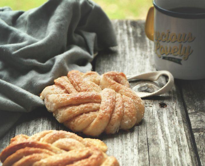 swedish cardamon buns | Pink Hungry