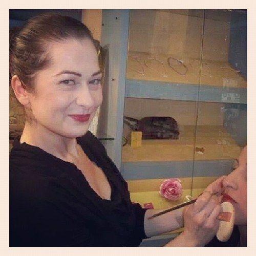 Consulenza gratuita per il Trucco permanente sopracciglia,linea occhi ,contorno labbra-con Alessandra  specializzata in correzione tatuaggi scorretti forma e colore  con ventennale esperienza .