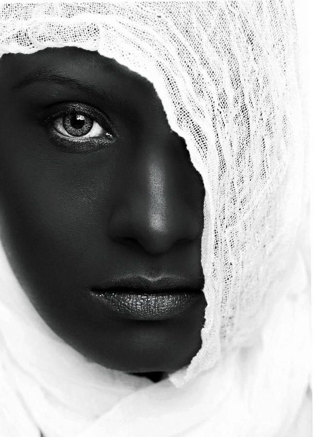 woman black and white photography by naeem akram . 30 Mind-Blowing Black and White Photography examples and Tips for Beginners. Follow us www.pinterest.com/webneel