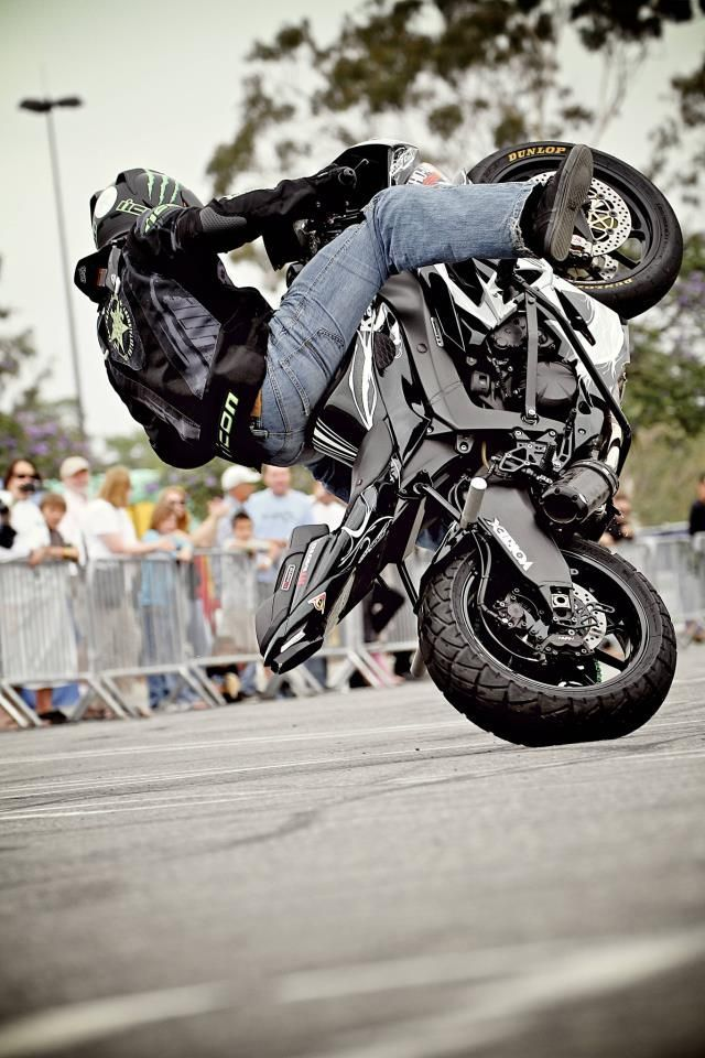 Team-1-AllStars-Sportbike-Stunt-Show-14 - Pesquisa Google