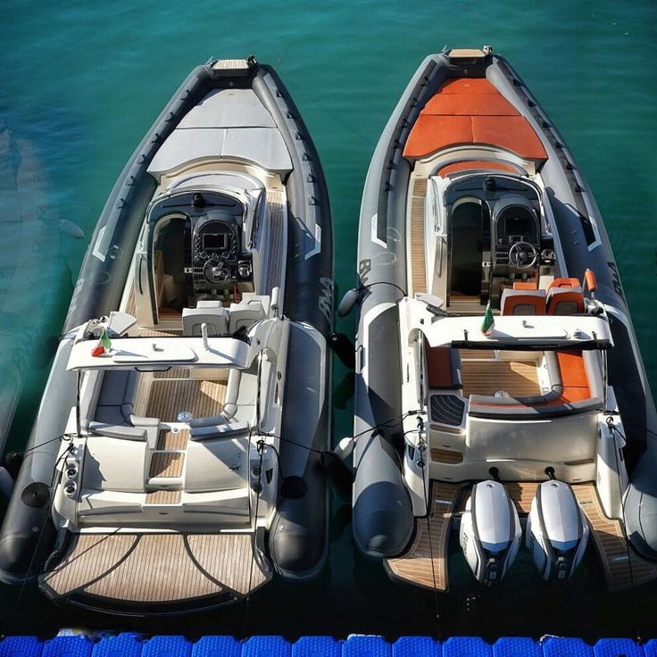12 vind-ik-leuks, 1 reacties - BWA rigid Inflatable boats (@bwa_rib) op Instagram: 'Genova instant - 34 Premium inboard or outboard? #bwa_rib #spiritoitaliano #boats #boat #bateaux…'