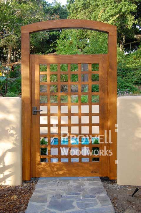 http://www.prowellwoodworks.com/gate/60_garden_gate.jpg