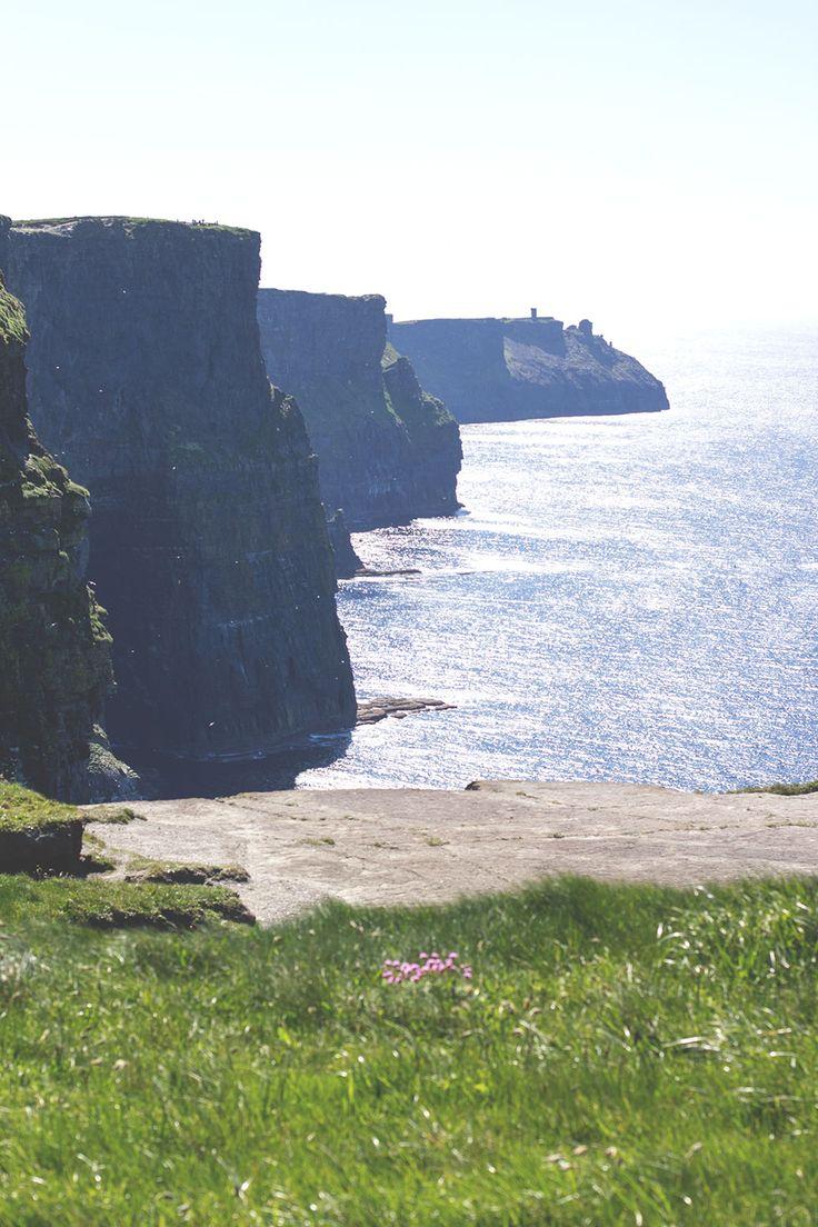 Die Cliffs of Moher (Klippen von Moher) -- Irland-Rundreise mit Kerrygold, Bord Bia und Tourism Ireland - von Limerick und Adare bis zu den Cliffs of Moher