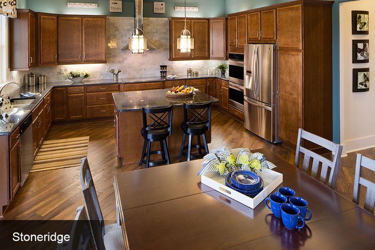 Kitchen pictures custom kitchens photo gallery for Kitchen design visit
