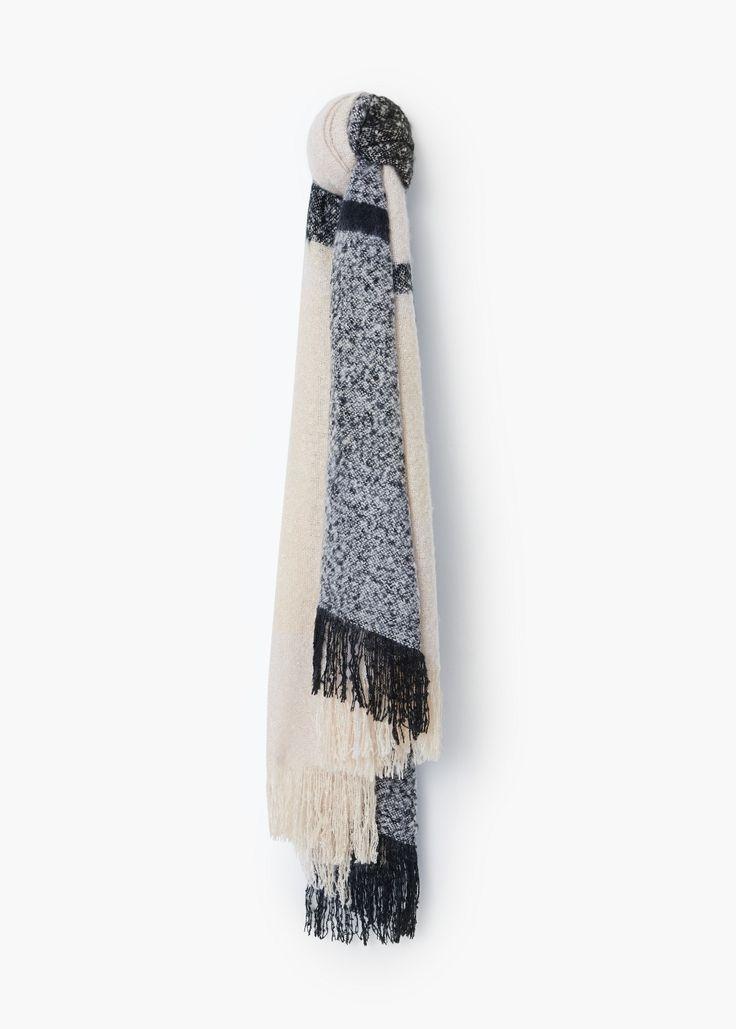 Écharpe texturée - Écharpes pour Femme   MANGO