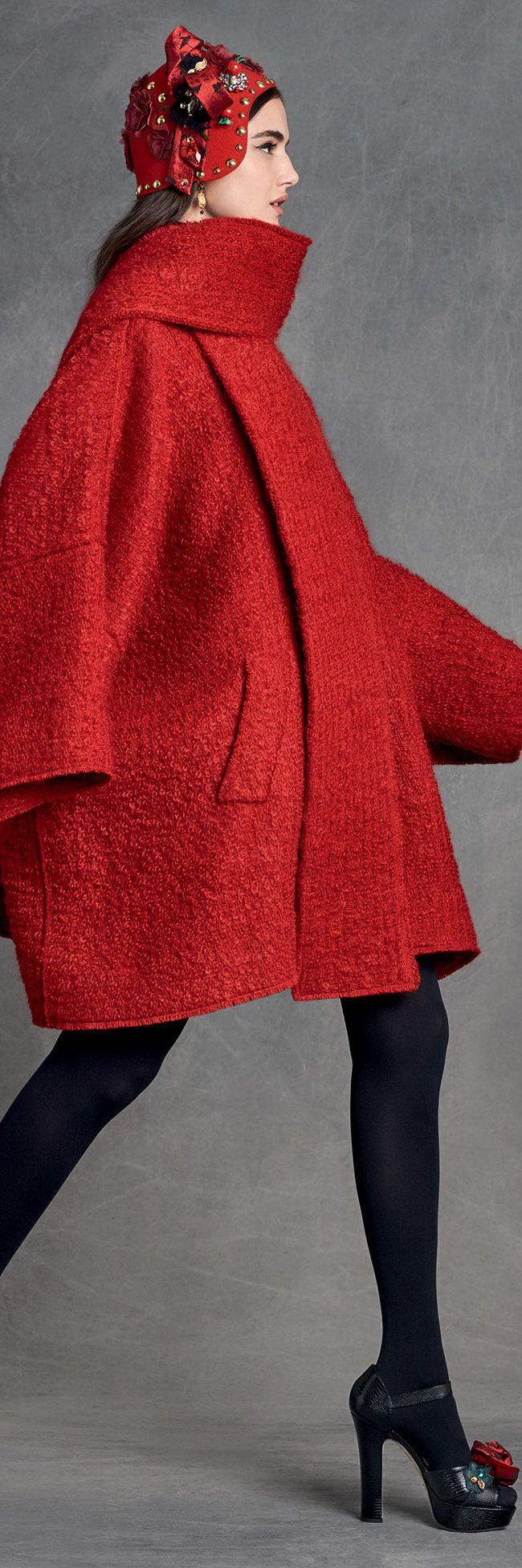 #Farbbberatung #Stilberatung #Farbenreich mit www.farben-reich.com Dolce & Gabbana Women's Clothing Collection Winter 2016