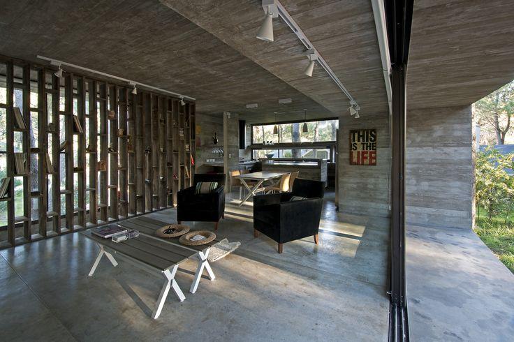 Galería de Casa Valeria / Luciano Kruk + María Victoria Besonías - 15
