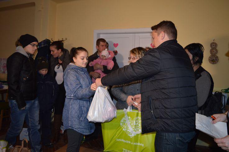 20 családnak adományozott a makói Fidesz