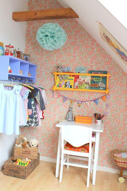 Kids room - Vintage wallpaper - Ævlebævle
