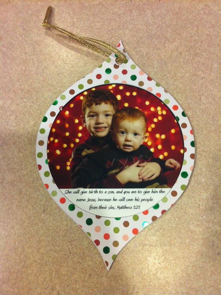 Christmas Card Ornament Made With The Cricut Seasons