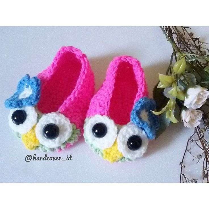 Owly shoes  EXCLUSIVE MADE BY ORDER AT INSTAGRAM ONLY Thank you for shopping . . Jangan lupa yaaa  Tag or send photo of you/your loves one using our products for chance to be featured. ___________________________________ All the crochet poducts here made by order. You will do the payment first to get the due date that we'll send the products. The queue's time 1 week and based on the amount of your costume. ____________________________________________ Kami menggunakan benang impor dari…