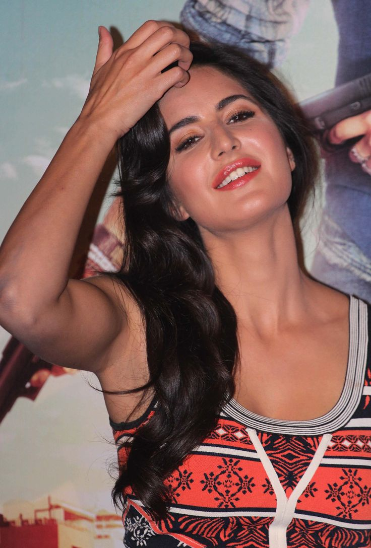 Katrina Kaif Promoting Bang Bang  Red-Hot Beautiful -3869