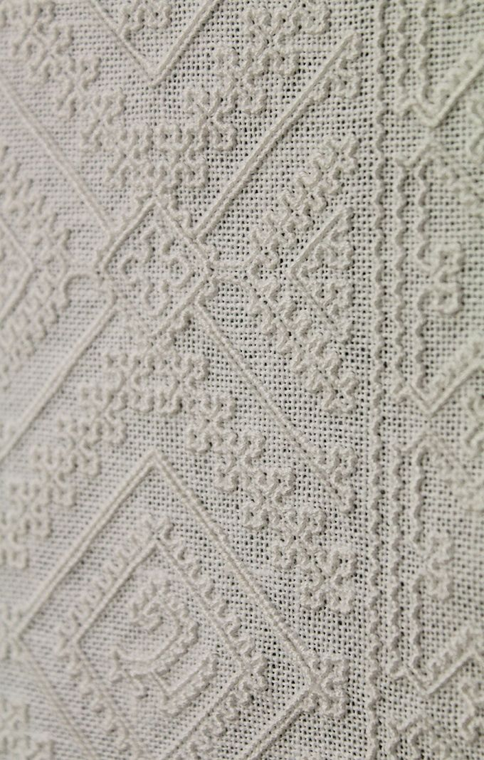 Sardinian Knotted Whitework ~ embroidery by Yvette Stanton